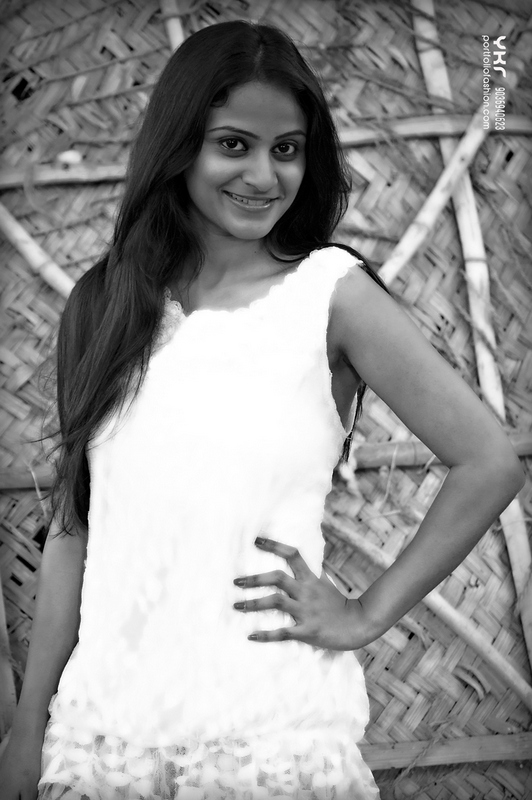 Female Model in Black and White, pretty model, modeling photography in Bangalore, best female model, female portfolio