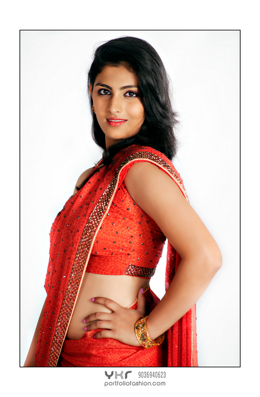 Model in Saree, best female model, pretty model, traditional modeling photography, fashion photography