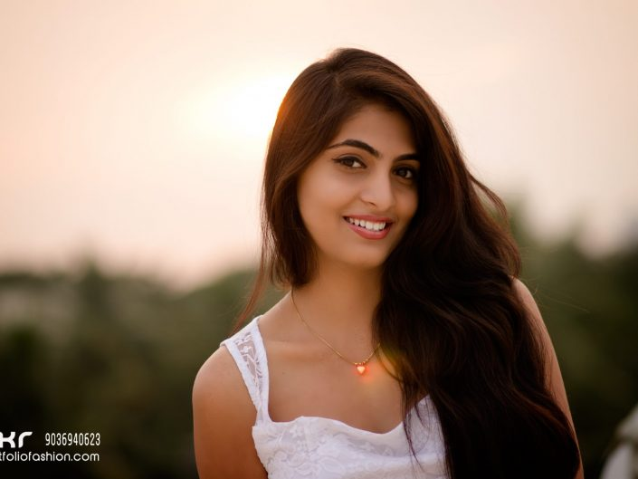 Smiley Model, Fashionable photographer, Persian Model in Bangalore, Best model female, Top modeling photography